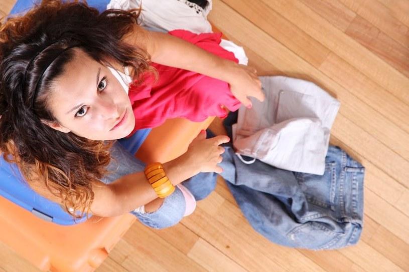 Na co powinnaś zwrócić uwagę, by nie przepłacić podczas letniego wypoczynku /123RF/PICSEL