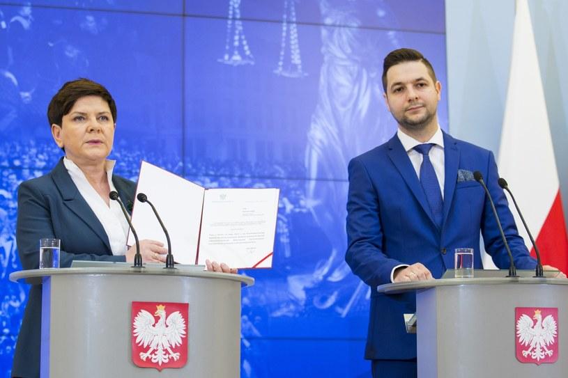 Na czele komisji będzie stał wiceminister Patryk Jaki /Andrzej Hulimka  /Reporter