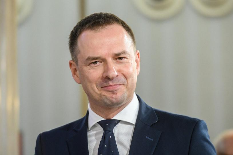 Na czele zespołu stoi poseł Piotr Borys / Jacek Domiński /Reporter