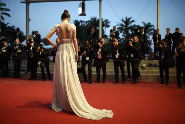 Na czerwony dywan w Cannes tylko w szpilkach!