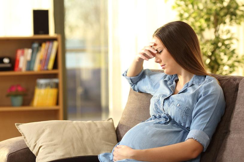 Na dolegliwości z jelitami powinny zwracać uwagę zwłaszcza kobiety w ciąży /123RF/PICSEL