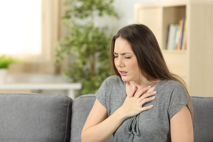 Na dusznicę bolesną cierpi około 1,5 mln Polaków /123RF/PICSEL