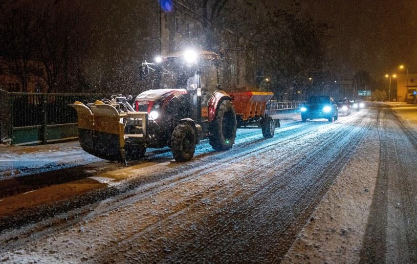 Na dużym obszarze Polski wreszcie spadł śnieg / Andrzej Grygiel    /PAP