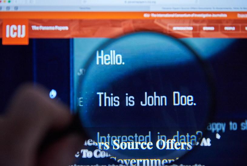 """Na ekranie komputera strona Międzynarodowego Konsorcjum Dziennikarzy Śledczych (ICIJ), na której 9 bm. opublikowano dokumenty """"Panama Papers"""" /Adam Warżawa /PAP"""