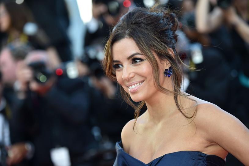 Na festiwalu w Cannes w 2015 roku Eva Longoria wyglądała oszałamiająco /AFP