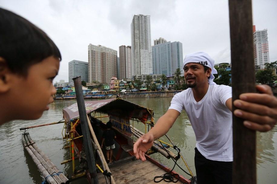 Na Filipinach od kilku dni szaleje potężny sztorm /FRANCIS R. MALASIG /PAP/EPA