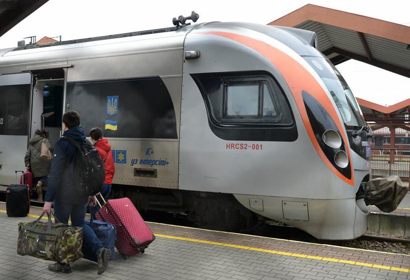 Na głównej stacji w podkarpackim Przemyślu znów pojawią się pociągi Kolei Ukraińskich marki Hyundai Rotem zawożące pasażerów do Lwowa i Kijowa /Łukasz Solski /East News
