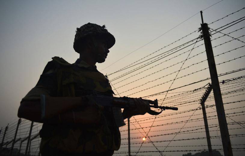 Na granicy pakistańsko-afgańskiej powstaje ogrodzenie, zdj. ilustracyjne /TAUSEEF MUSTAFA /AFP