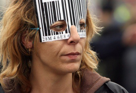 Na kodzie kreskowym można zarobić /AFP