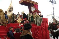 Na krakowskim Rynku odtworzono Hołd Pruski