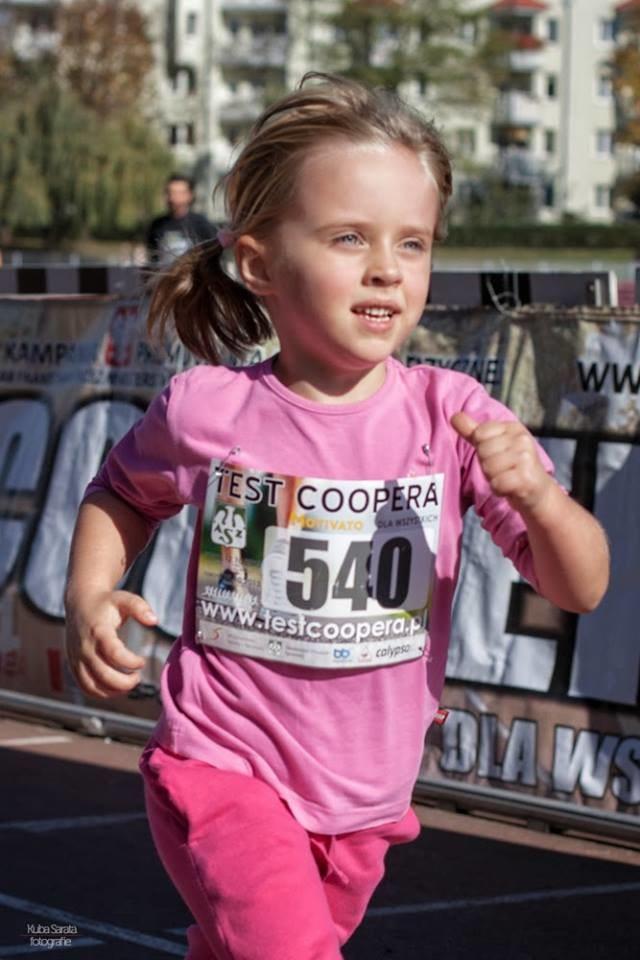 Na krakowskim Teście Coopera nie brakowało najmłodszych biegaczy. Fot. Kuba Sarata/PhotShot.com /INTERIA.PL