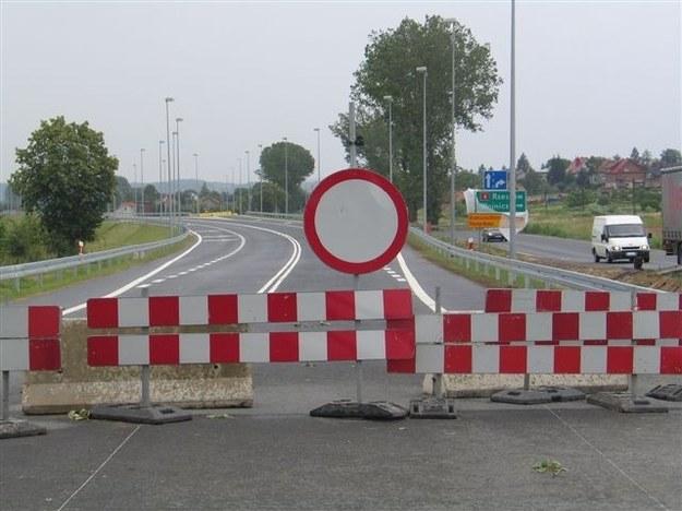Na liście inwestycji drogowych przewidzianych do realizacji w latach 2014-2020 przyjętej przez rząd w czerwcu tego roku znajdują się dwa projekty na terenie woj. małopolskiego /archiwum /RMF