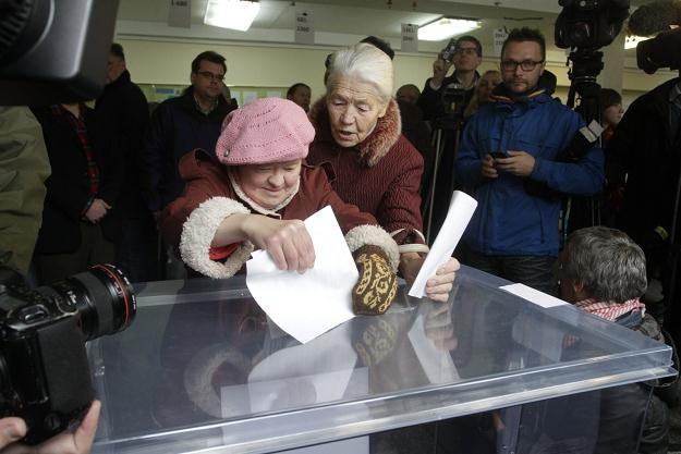 Na Litwie w niedzielę odbywają się wybory parlamentarne /PAP/EPA