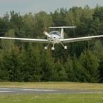 Na lotnisku w Modlinie rozbił się samolot szkoleniowy