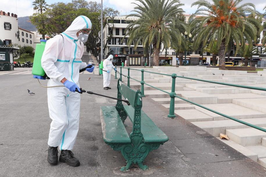 Na Maderze rząd wprowadził przymusową izolację turystów bez testu na Covid-19 /HOMEM DE GOUVEIA /PAP