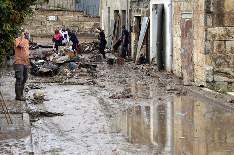 Na Majorce trwa usuwanie skutków powodzi /M.LOPEZ  /AFP
