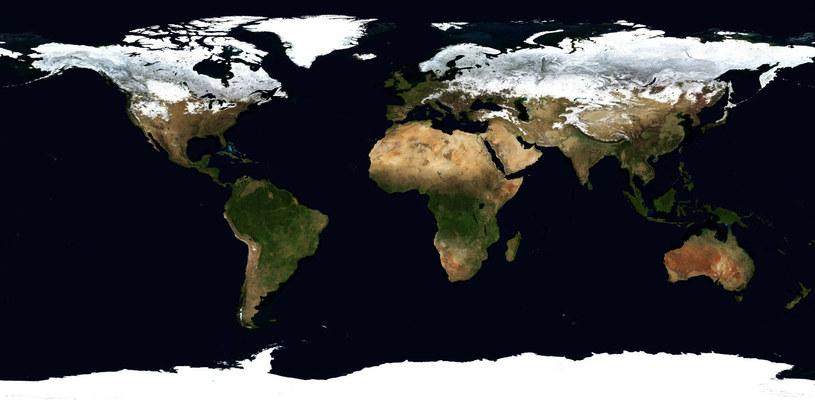 Na mapy takie jak ta patrzymy przez całe nasze życie. Należy zdawać sobie sprawę z tego, że przedstawiają one mocno zniekształcony obraz świata /Universal History Archive/Universal Images Group /East News