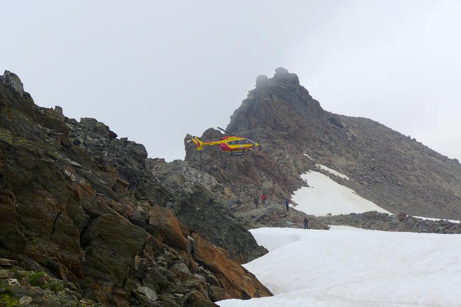 Na miejsce wypadku przyleciał helikopter /Zdjęcie innego uczestnika wyprawy /