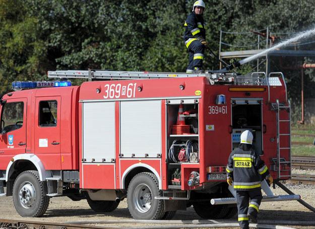 Na miejscu z ogniem walczy 80 strażaków z okolicznych jednostek/ Zdjęcie ilustracyjne /LUKASZ SOLSKI /East News