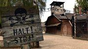 Na murach Muzeum Auschwitz chcieli wyryć swoje imiona. Wszczęto śledztwo