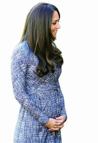 Na najnowszych zdjęciach księżnej Kate widać rosnący brzuszek. /East News Poland SP.Z O.O.