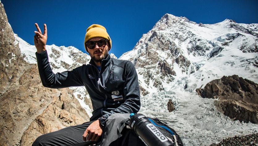 Na nartach z K2. Pogoda pokrzyżuje plany Andrzeja Bargiela?