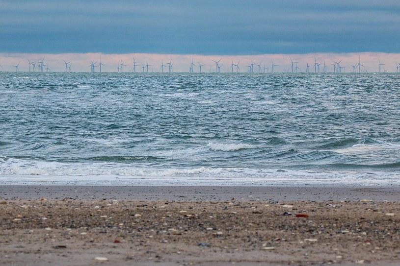 Na niemieckich obszarach morskich pracuje obecnie 1500 morskich turbin wiatrowych o łącznej mocy 7,7 GW. /pixabay.com