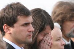 Na Okęciu powitano trumnę z ciałem Marii Kaczyńskiej