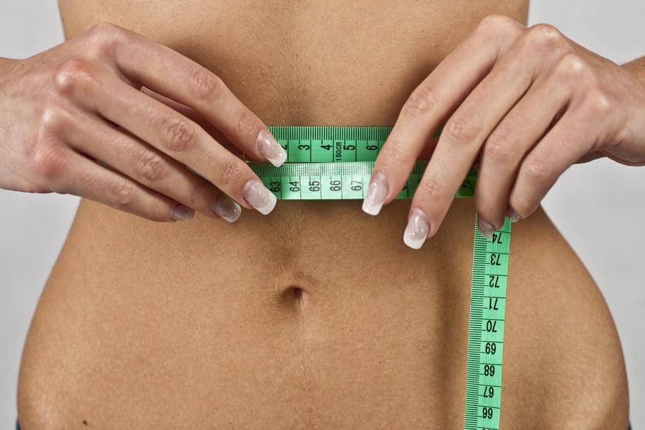 Na opakowaniu jedzenia kalorie i czas potrzebny do tego żeby je spalić? Zdjęcie ilustracyjne /Wojciech Pacewicz /PAP