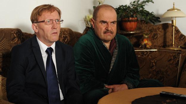 Na pewno zobaczymy kolejne polityczne gierki Czerepacha (Artur Barciś) i senatora Kozioła (Cezary Żak) /Agencja W. Impact