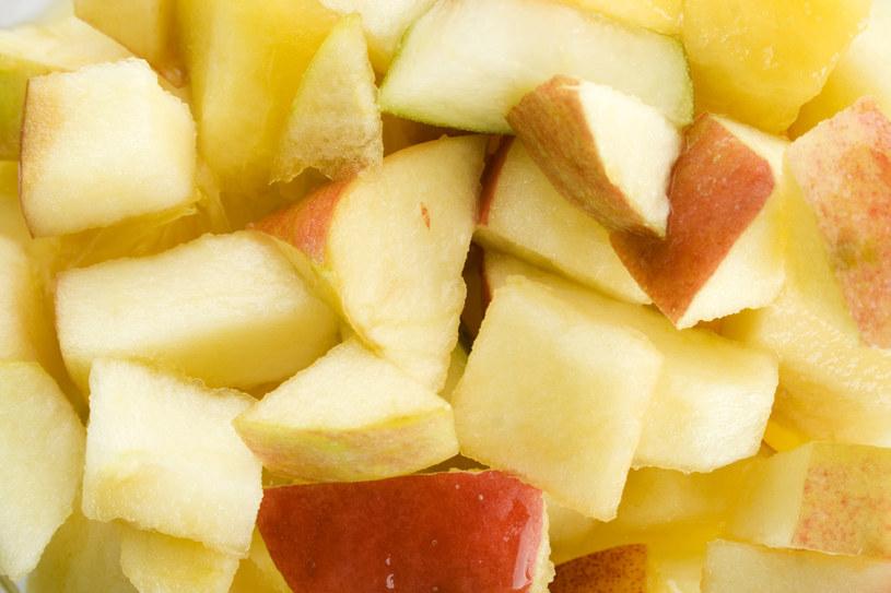 Na pierwszy rzut oka można pomylić pigwę z lepiej znanym jabłkiem /123RF/PICSEL