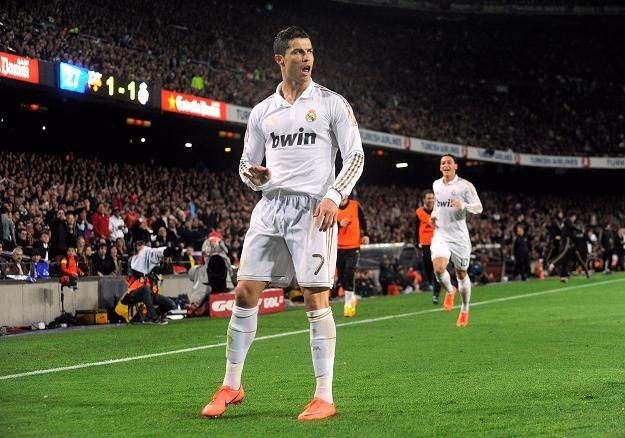 Na pierwszym planie Cristiano Ronaldo, z tyłu Mesut Oezil/fot. Denis Doyle /Getty Images