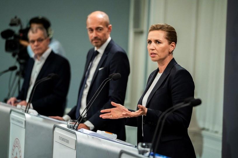 Na pierwszym planie premier Danii Mette Frederiksen /AFP