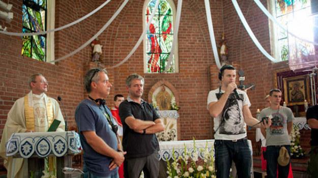 """Na planie 4. serii """"Lekarzy"""" /Piotr Litwic /TVN"""
