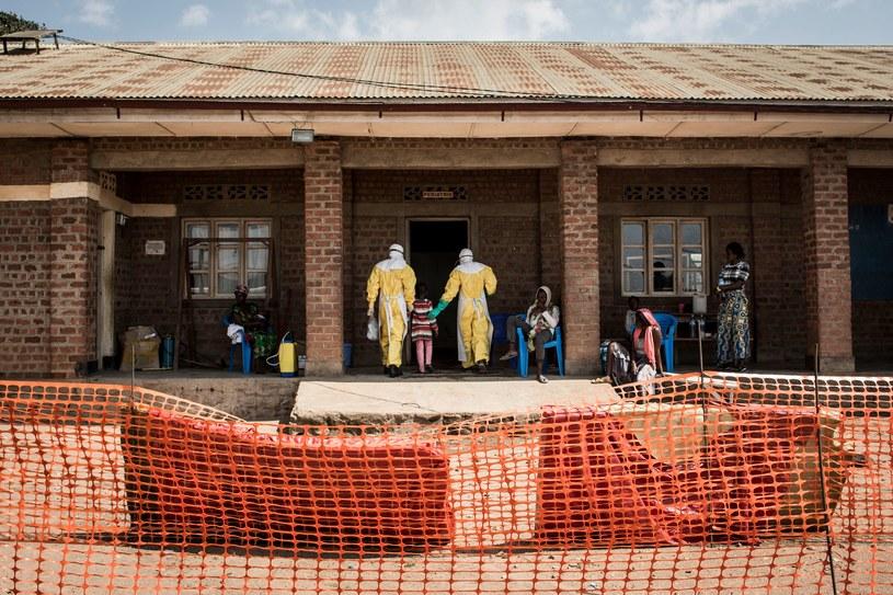 Na początku sierpnia w DRK poinformowano o nawrocie epidemii choroby wywoływanej przez wirusa eboli /JOHN WESSELS /AFP