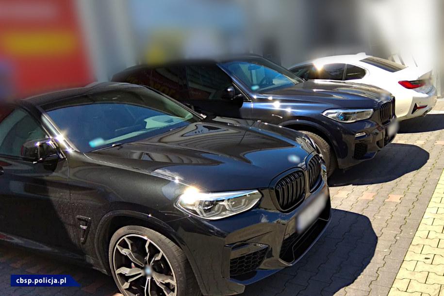 Na poczet przyszłych kar zabezpieczono siedem luksusowych aut /CBŚP