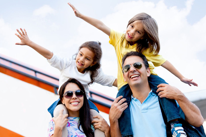 Na pokładach samolotów najwięcej jest dzieci w przedziale wiekowym 2-12 lat /123RF/PICSEL
