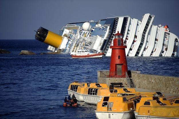 Na pokładzie były ponad cztery tysiące osób /AFP