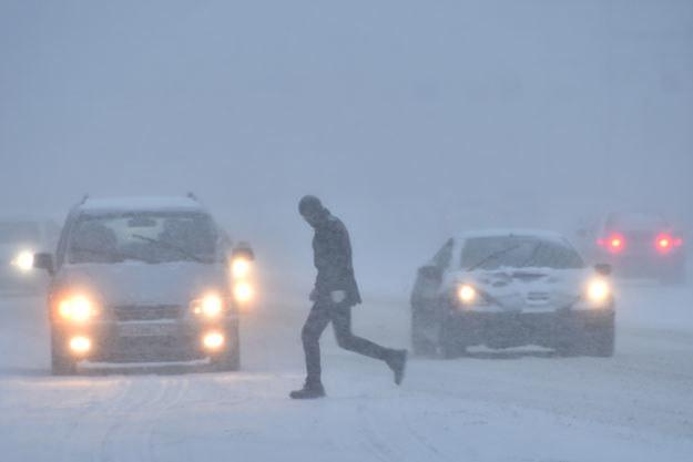 Na północy Polski sypnęło śniegiem (zdjęcie ilustracyjne) fot. Kirill Kudryavtsev /AFP
