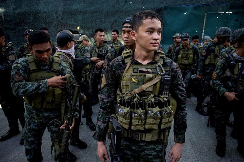 Na południu Filipin trwają starcia islamistów powiązanych z Państwem Islamskim z rządowymi siłami zbrojnymi /AFP
