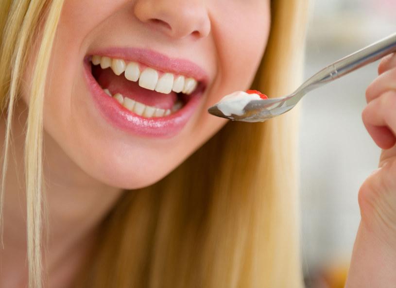 Na poprawę humoru - jogurt! /123RF/PICSEL