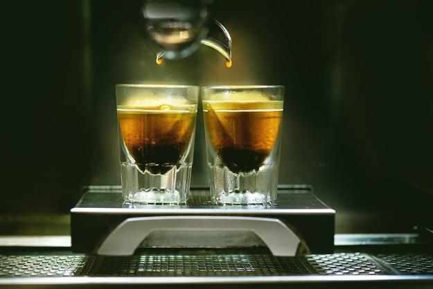 Na popularności zyskuje kawa nitro z azotem /Informacja prasowa