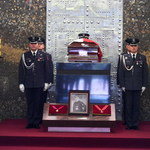 Na Powązkach Wojskowych ponowny pogrzeb gen. Błasika