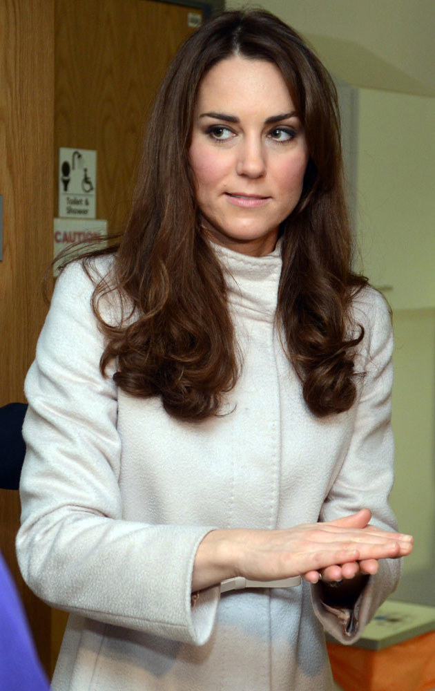 Na pozór szczęśliwa Kate w rzeczywistości mocno przeżywa to, co się stało /WPA Pool /Getty Images
