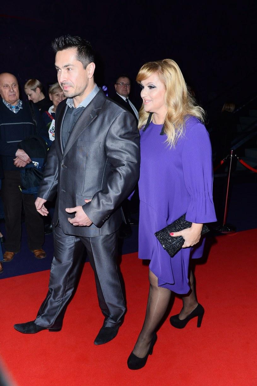 Na premierze nie zabrakło również Kasi Skrzyneckiej z mężem Marcinem /East News