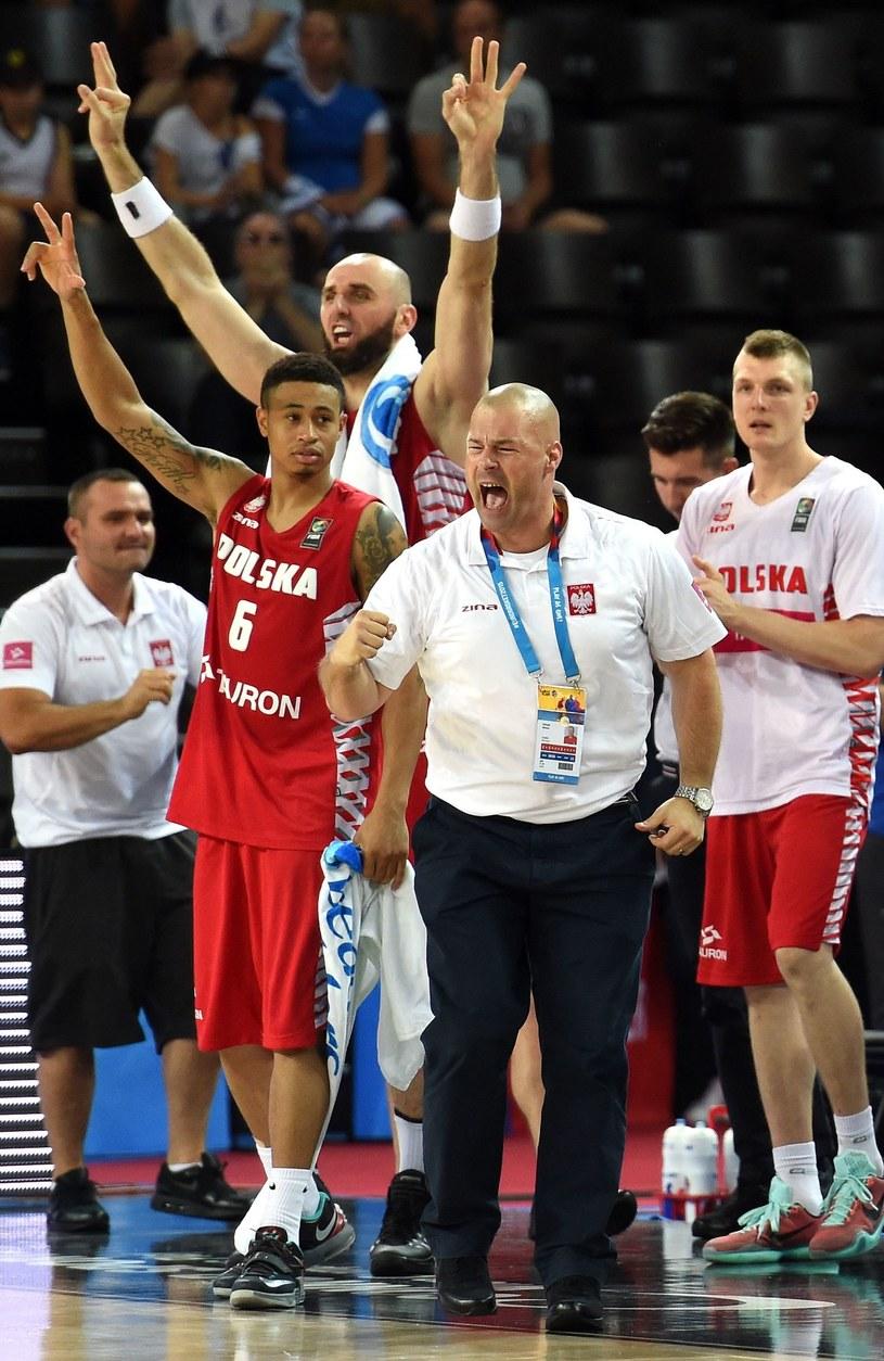 Na przedzie Mike Taylor, trener reprezentacji Polski /PASCAL GUYOT /AFP