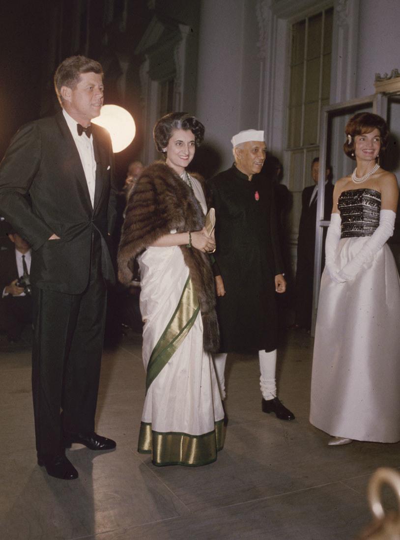 Na przyjęciach dyplomatycznych bywała większą gwiazdą niż mąż /Getty Images/Flash Press Media