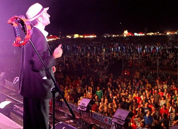 Na Przystanku Woodstock 2006 Babylon Circus oklaskiwały tysiące widzów /INTERIA.PL