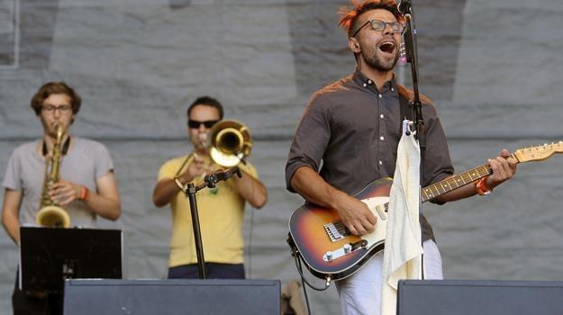 Na Przystanku Woodstock i w TVP będzie można zobaczyć m.in. koncert grupy Happysad / fot. M. Piętka /AKPA