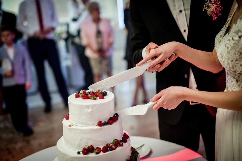 Na razie bez decyzji w sprawie organizacji wesel w dobie koronawirusa /Daniel Dmitriew /Agencja FORUM
